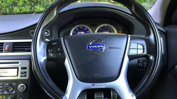 Volvo V70 2.0 D R-Design SE 5dr