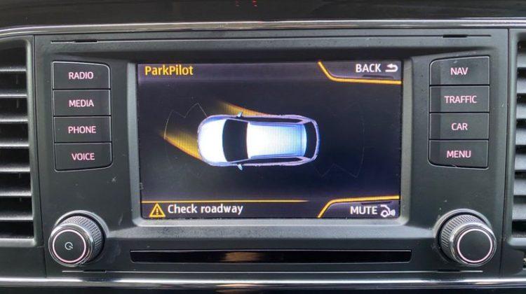 SEAT Leon 2015 (64 reg) 1.6 TDI SE (Tech Pack) ST DSG (s/s) 5dr